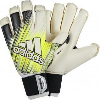 adidas Classic Pro Fingertip Goalie Gloves