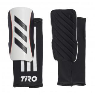 parastinchi adidas Tiro League